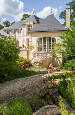 Tailored French Estate